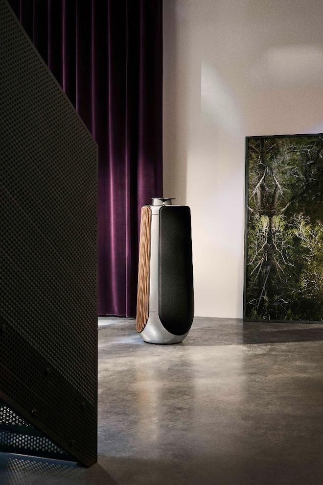 B&O iconische speakers