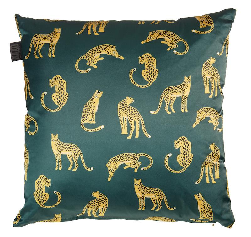 Luipaard kussen slaapkamer