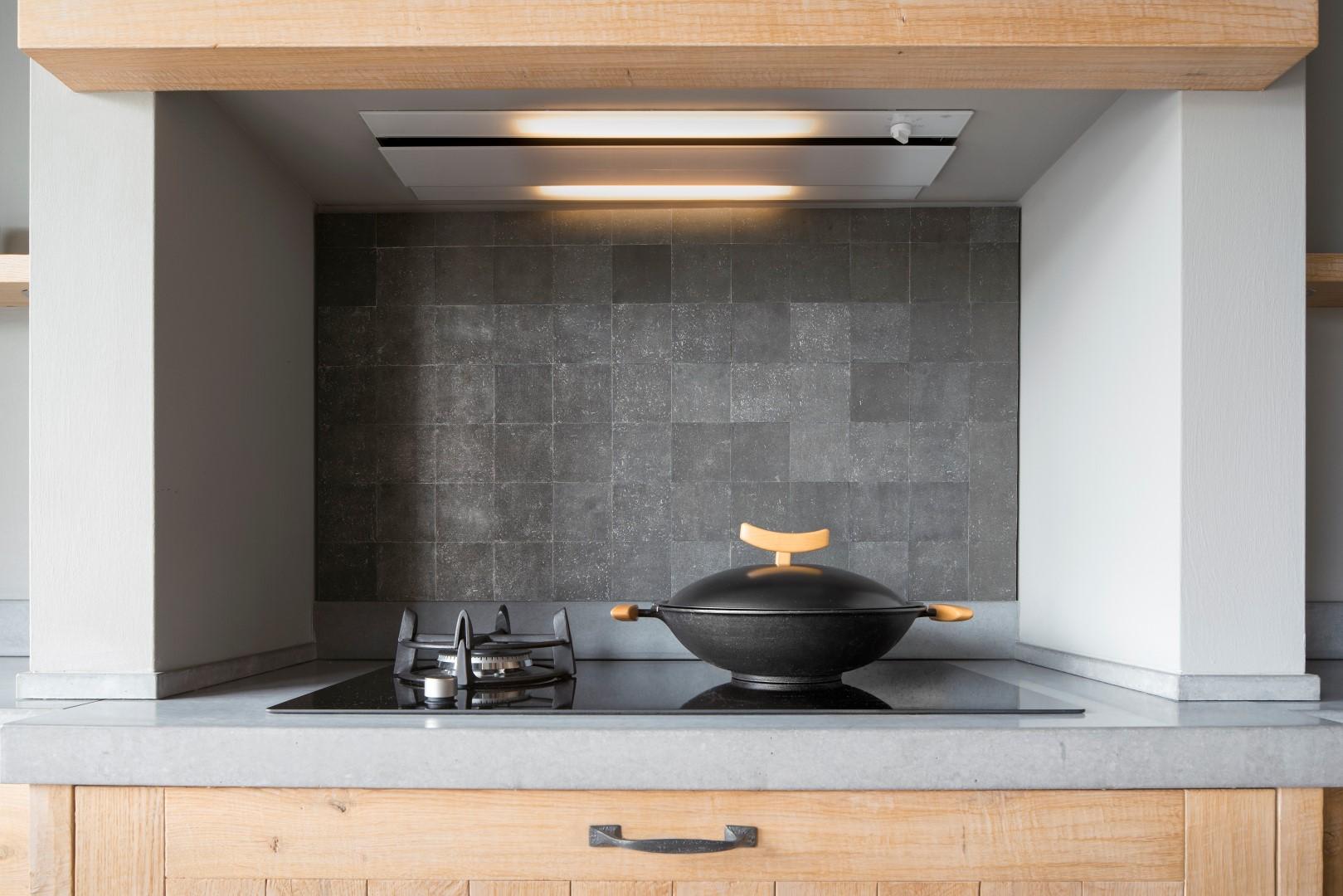 Keuken achterwand unieke tegels Pure Tiles via Dauby