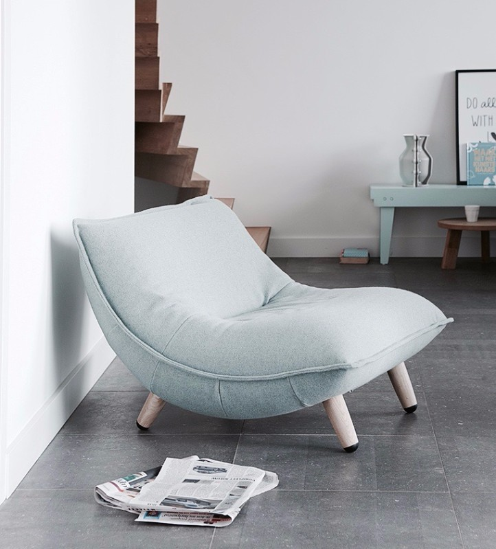 Swoon Love Seat by Label vandenberg