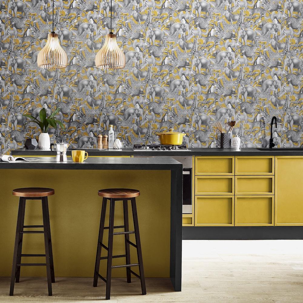 Kleur in de keuken #behang #keuken #keukenidee #verf #grahambrown