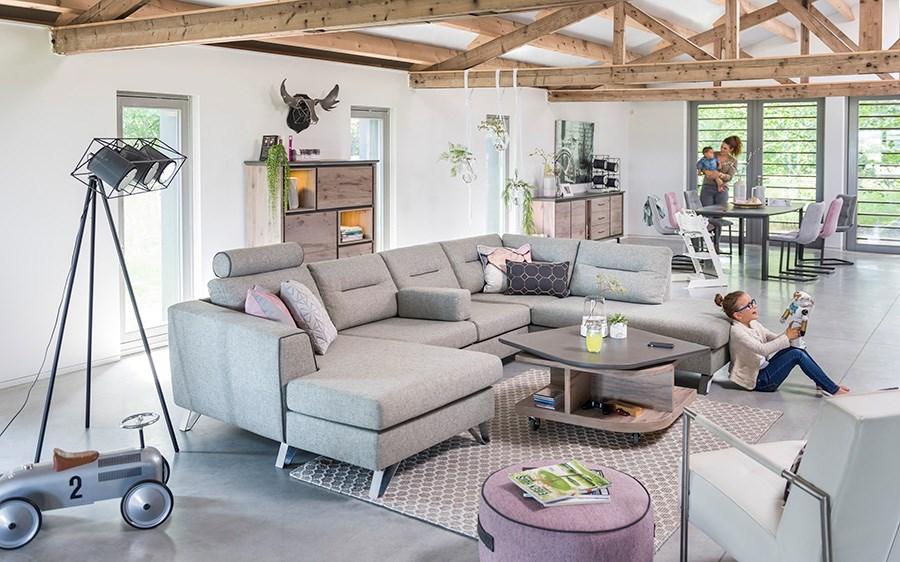 Interieur met meubels uit de nieuwe Henders & Hazel collectie - meubellijn Eivissa. Vraag hier het gratis woon- en inspiratieboek 2017 aanen