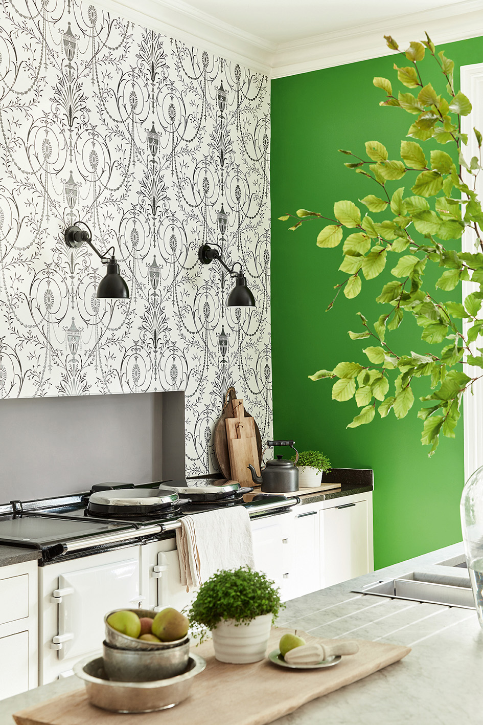 Behang Little Green #interieur #behang #interieurinspiratie #kleur #wandbekleding #interior