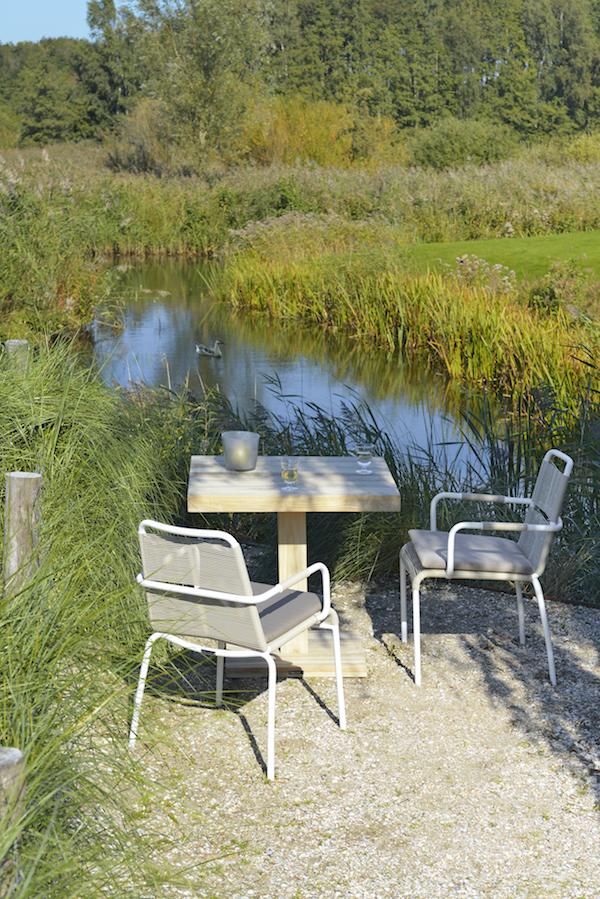 Mondaine sfeer op het terras nieuws startpagina voor tuin idee n uw - Gespannen terras ...