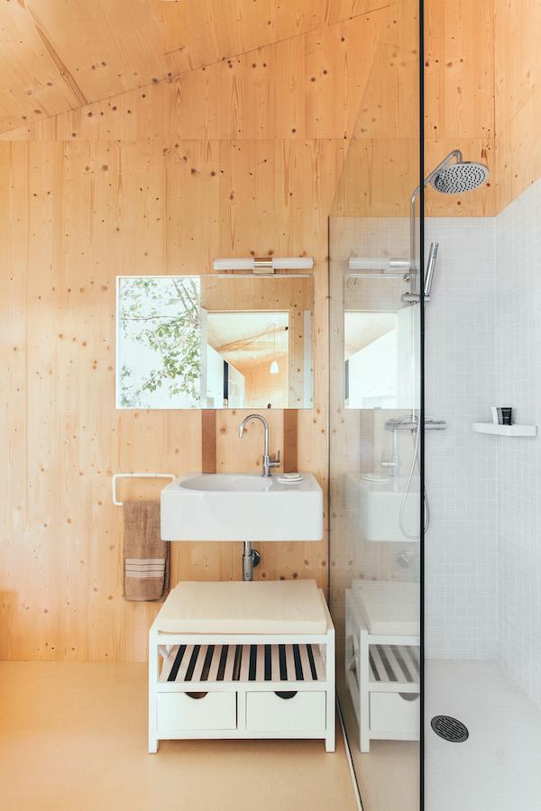 Prefab badkamer met duravit wasbak