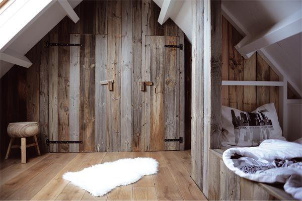 Zolder met deuren en muur van Barnwood via RestyleXL