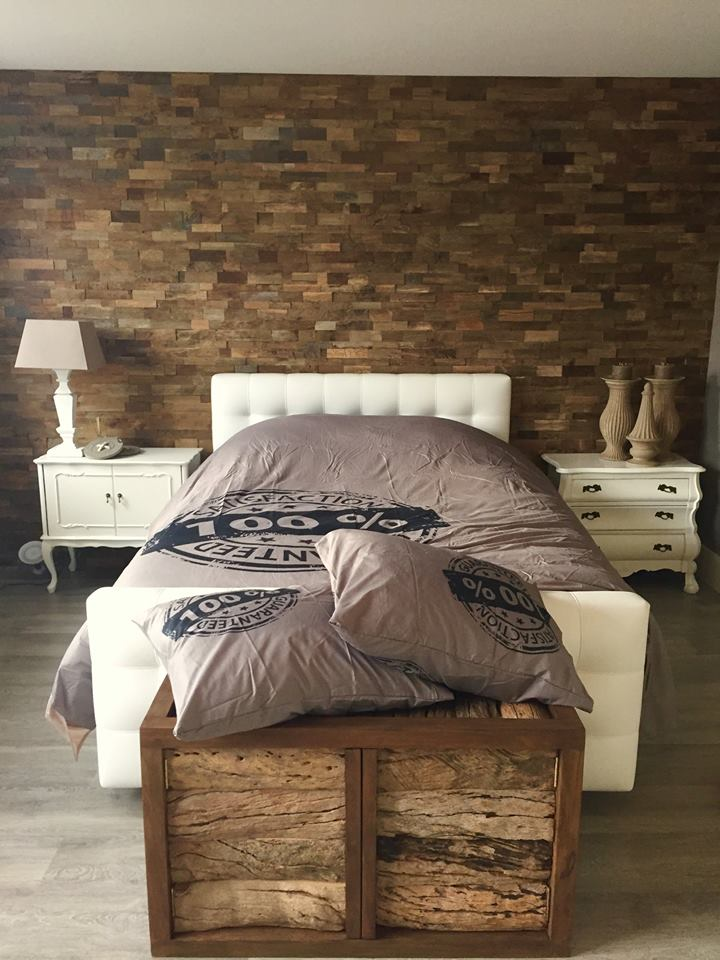 Wandbekleding hout slaapkamer - Foto van volwassen slaapkamer ...