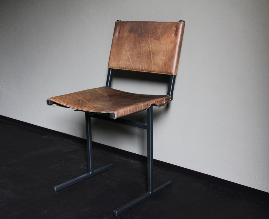 Memento stoel by Jesse Sanderson