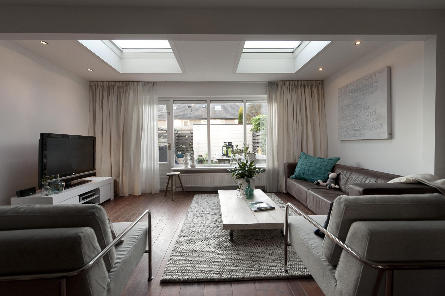 Grote woonkamer ideeen: zonwering op zonne energie voor ...