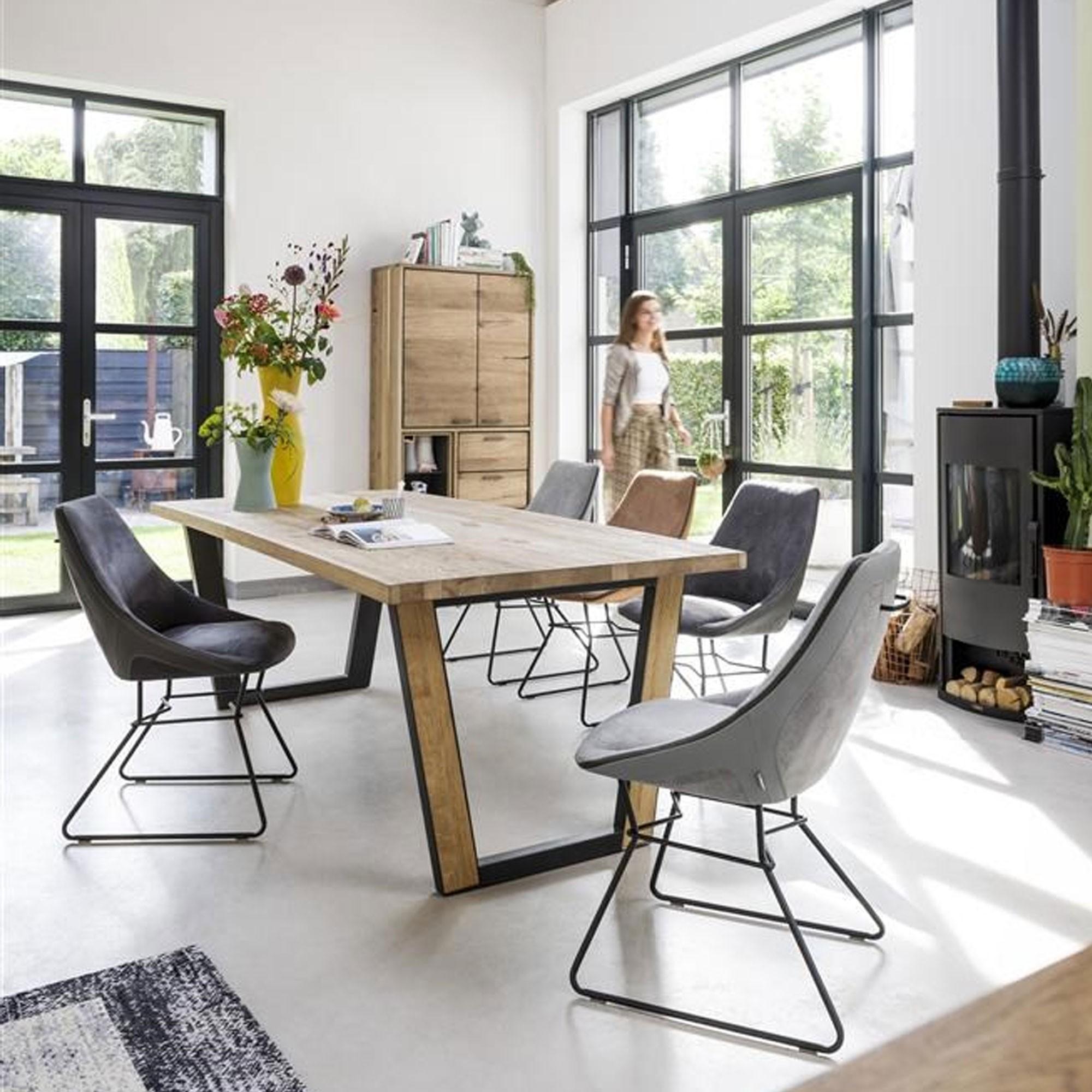 Xooon lookbook - vraag het gratis inspiratiemagazine hier aan #interieur #interieurinspiratie #design #meubels #accessoires #tafel #denmark