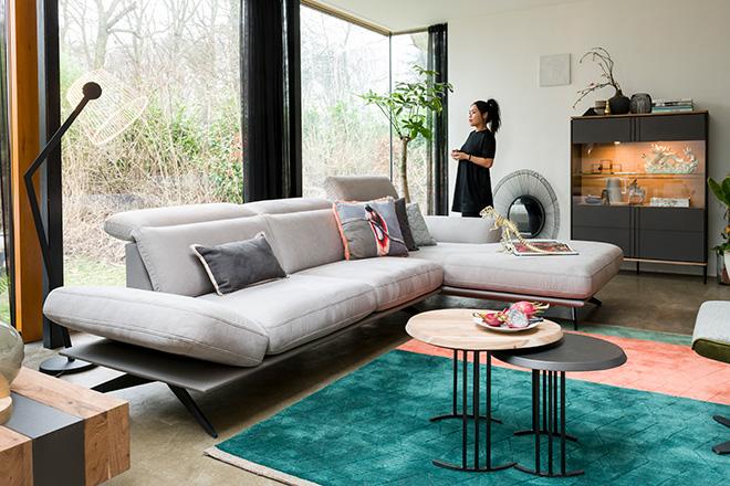 Xooon zitbank, hoekbank, salontafel. Vraag het gratis lookbook aan ter inspiratie voor het interieur #xooon #meubels #interieur #zitbank #hoekbank#woonkamer #interieurinspiratie