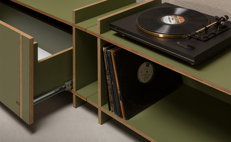 Nieuw Dutch Design meubelstuk. een uniek 'flat pack' meubelmerk van Amsterdamse bodem, gemaakt zonder schroeven, spijkers of lijm #amsterdam #dutchdesign #design #kilo