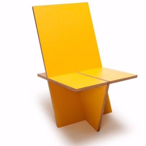 Nieuw Dutch Design meubelstuk. een uniek 'flat pack' meubelmerk van Amsterdamse bodem, gemaakt zonder schroeven, spijkers of lijm. Lounge stoel kiloLux #amsterdam #dutchdesign #design #