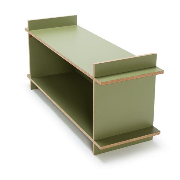 Modulair dressoir van nieuw interieurmerk Kilo, een uniek 'flat pack' meubelmerk van Amsterdamse bodem, gemaakt zonder schroeven, spijkers of lijm. Je meubelstuk wordt live in de winkel gemaakt, waarna je het direct thuis zonder gereedschap in elkaar kunt zetten. #dutchdesign #design #amsterdam #kilo #meubel