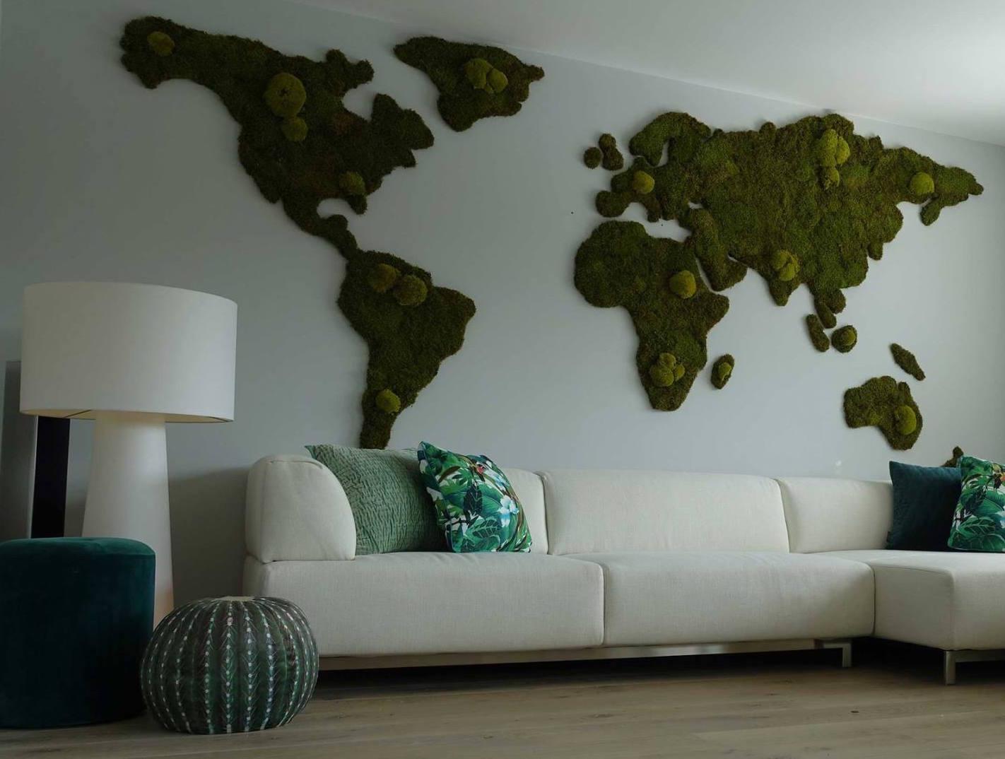 Wereldkaart van mos op de muur! #moswens #wereldkaart #woonideeen