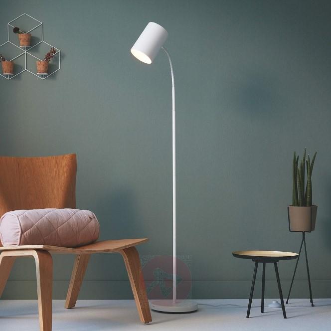 Vloerlampen. Verlichting voor een modern interieur. Scandinavische lamp met rechtlijnig ontwerp #verlichting #vloerlampen #interieur