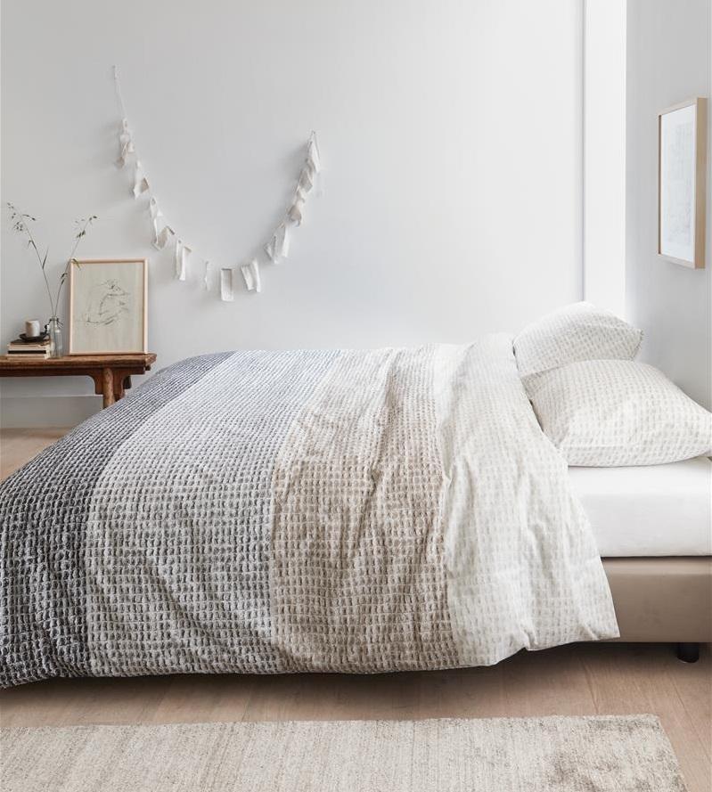 Breng sfeer aan in de slaapkamer met de Natural Living trend #slaapkamer #beddengoed